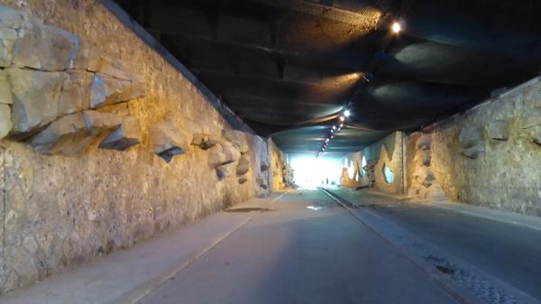 coulée verte 5 tunnel.jpg